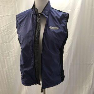 Lightweight activewear vest for running
